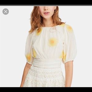 Free people too size xs with yellow flowers